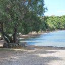 Αποψη της παραλίας που θα γίνει η συνάντηση ( αριστερή πλευρά )